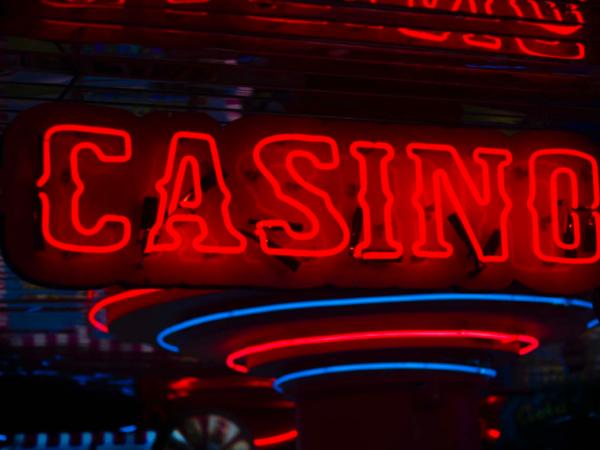 Bermain Sbobet Casino Online Punya Banyak Manfaat, Ini Dia!